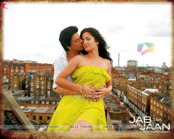 Shah Rukh Khan and Katrina Kaif in Jab Tak Hai Jaan (232808)
