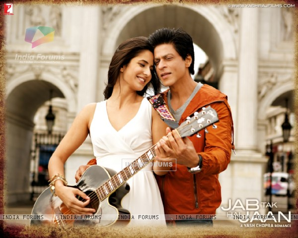 Shah Rukh Khan and Katrina Kaif in Jab Tak Hai Jaan (232809)