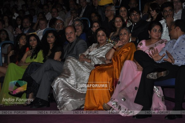 Sridevi, Anupam & Kirron Kher, Jaya Bachchan, Tina at Opening ceremony of 14th Mumbai Film Festival