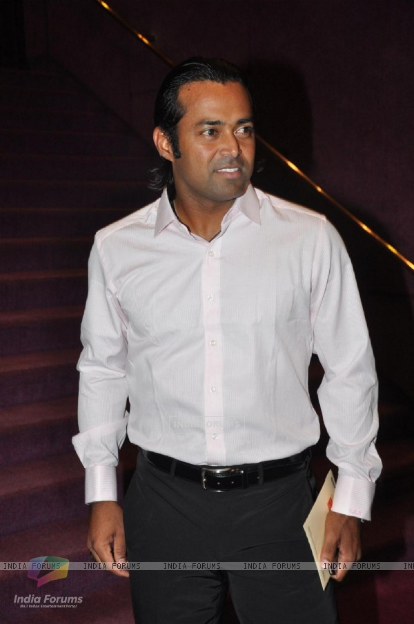 Leander Paes at Opening ceremony of 14th Mumbai Film Festival