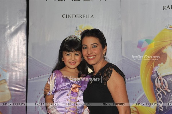 Perizaad Zorabian with daughter Zaha at the launch of Disney Princess Academy