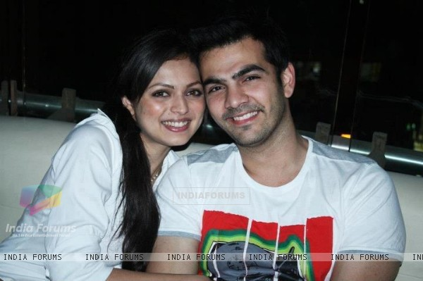Drashti Dhami and Karan