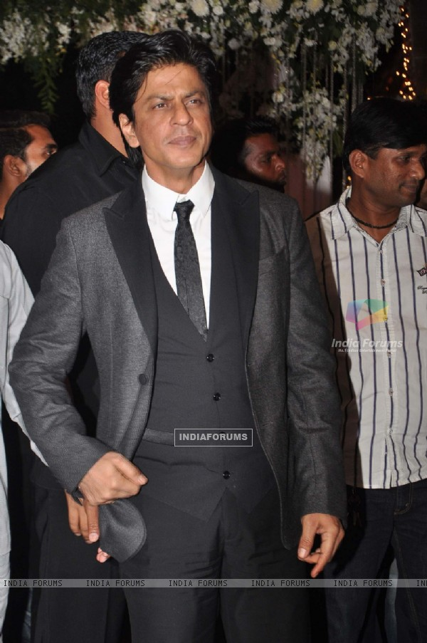 Shahrukh Khan at the wedding reception party of Mahek Shetty