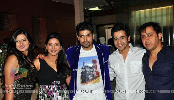 Kratika, Gurmeet, Samragyi, Rakesh and Dishank