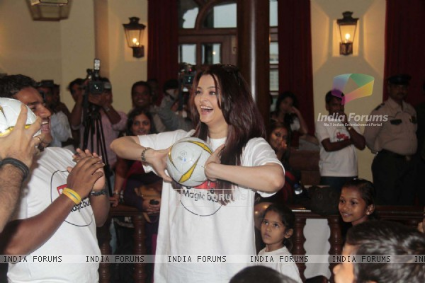 Aishwarya Rai Bachchan at Magic Bus Children's Day celebrations at the MCA Club