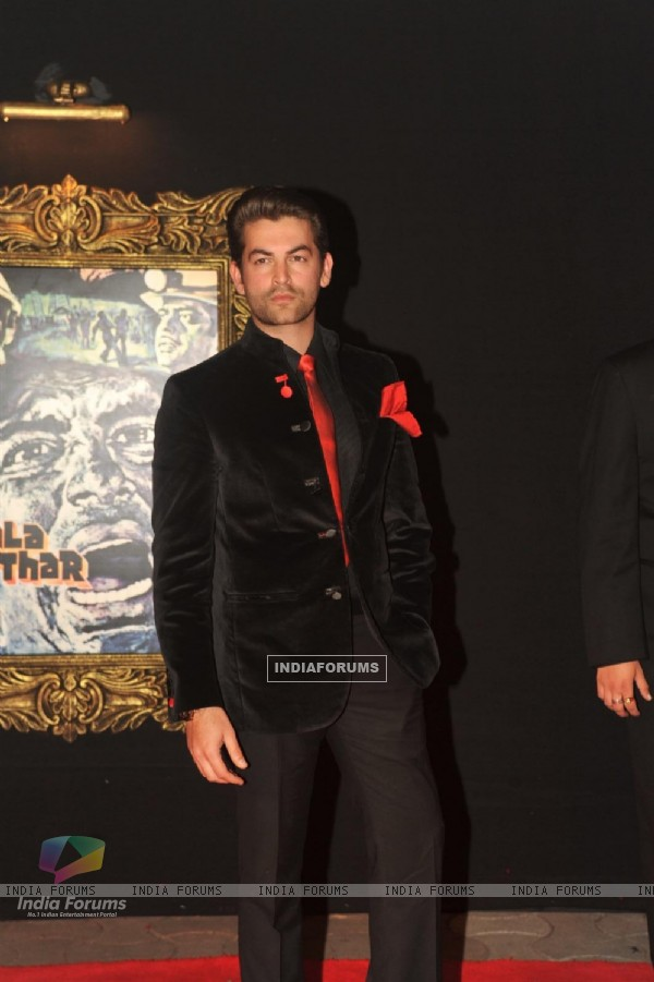 Neil Nitin Mukesh at Red Carpet for premier of film Jab Tak Hai Jaan