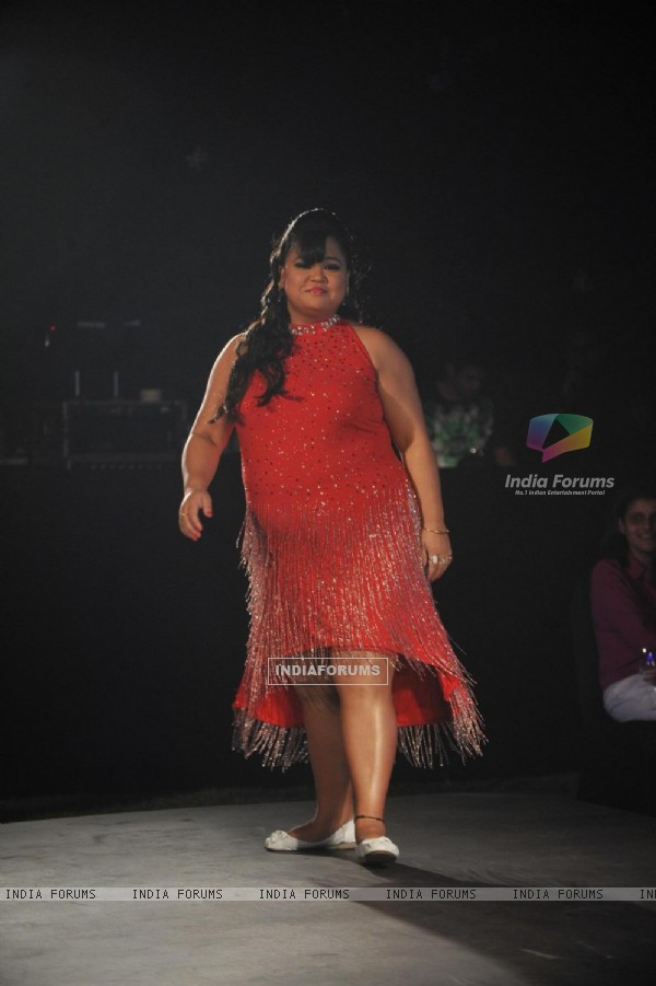 Bharti Singh at 'Live Fashionably' Fashion Show