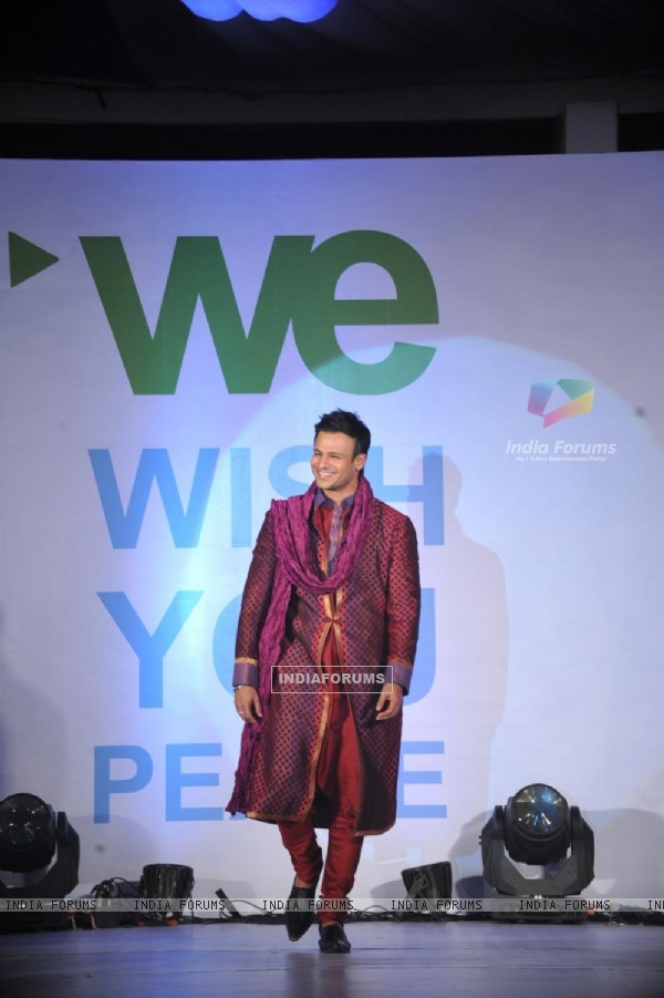 Vivek Oberoi Walks For 'Global Peace Initiative'