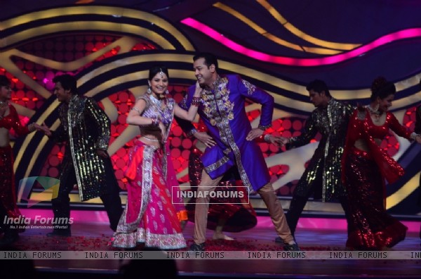 Rahul Mahajan and Dimpy Mahajan during their performance in Nach Baliye 5