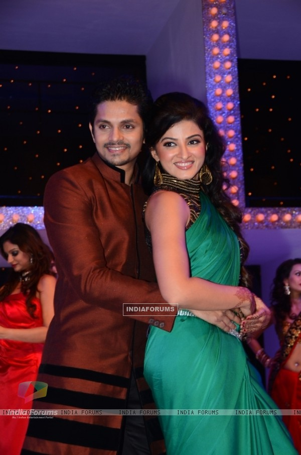 Suhasi Dhami with husband Jaisheel Dhami at Nach Baliye 5