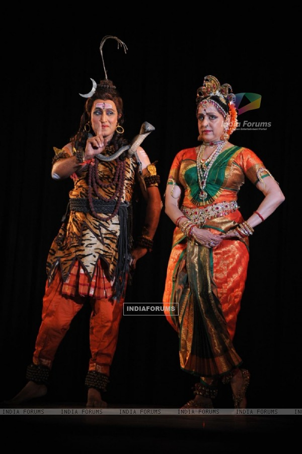 Hema Malini performs during a tribute to her mother Jaya Chakravarthy