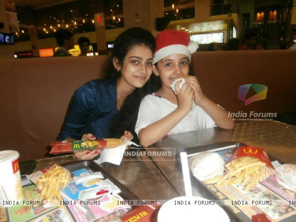 Aakanksha Singh And Ashnoor Kaur
