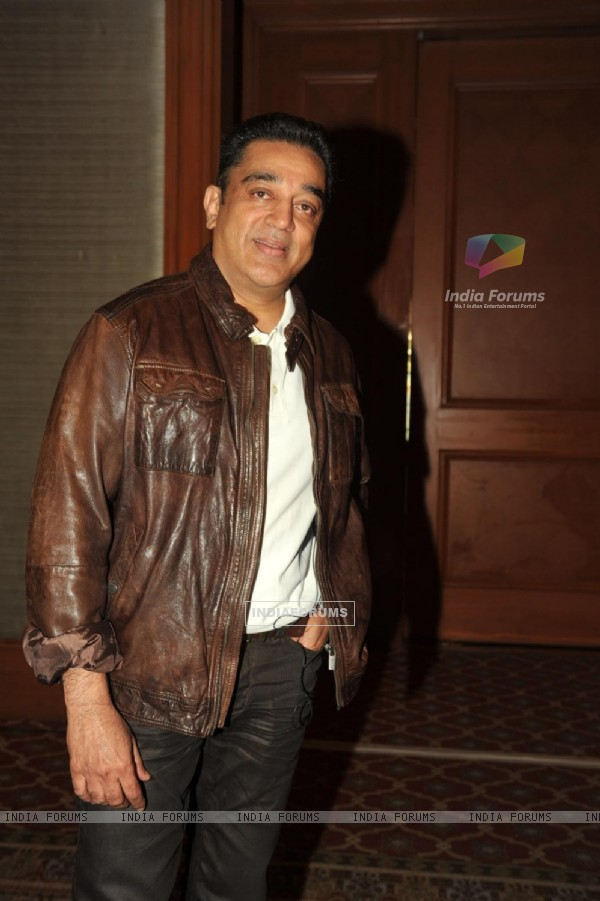Kamal Haasan at press meet to announce film Vishwaroop premiere