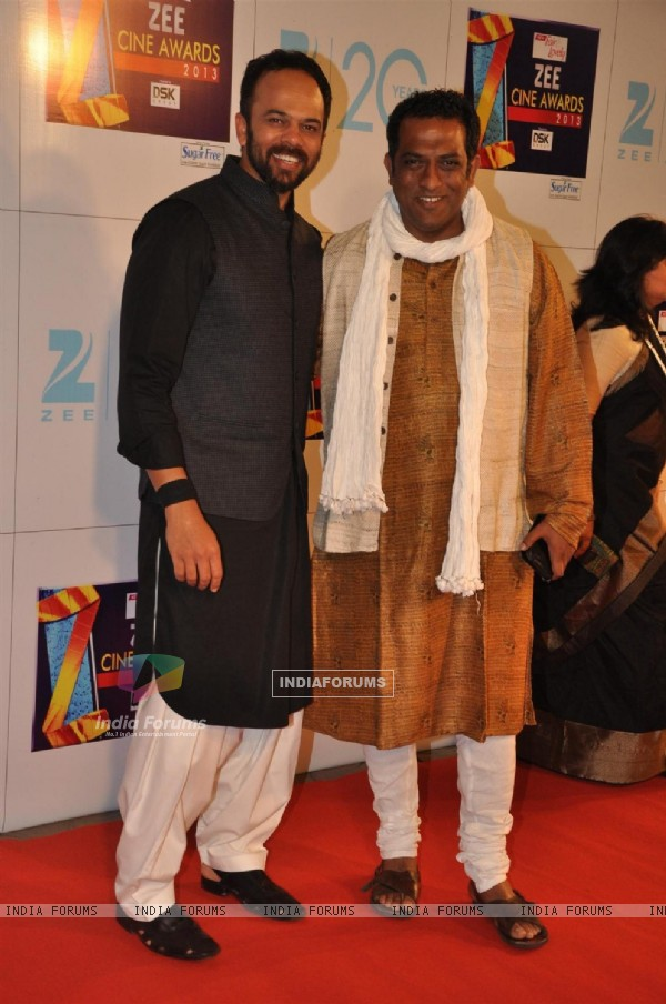 Rohit Shetty with Anurag Basu at Zee Cine Awards 2013