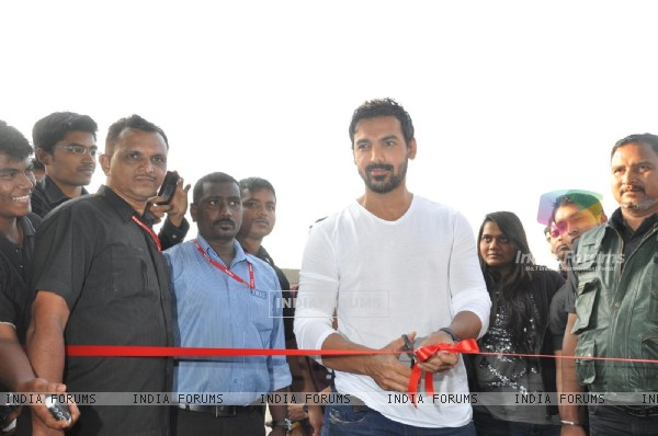 John Abraham Ambassdor, during the launch of Standard Chartered Mumbai Marathon 2013