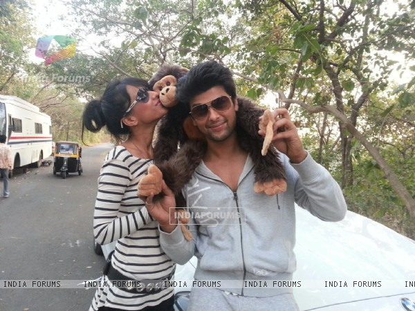 Nia sharma with co star Kushal Tandon