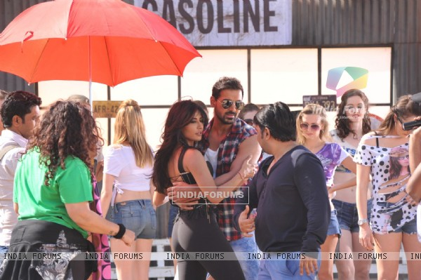 John Abraham and Chitrangada Singh shooting for film ''I Me Aur Main'' song at Kamalistan Studios