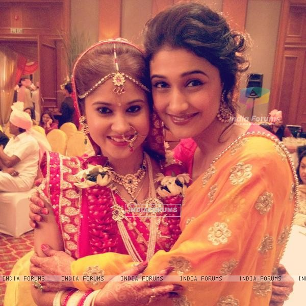 Ragini Khanna at Tapeshwari Sharma's wedding