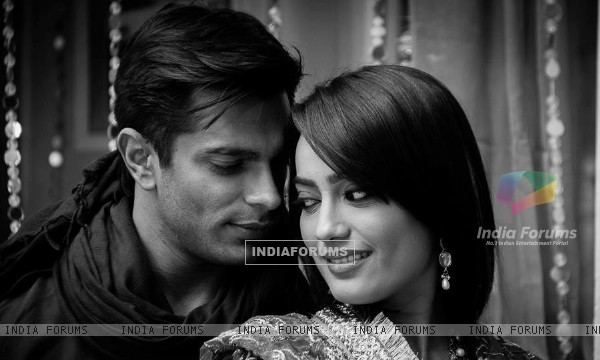 http://img.india-forums.com/images/600x0/255093-asad-zoya.jpg