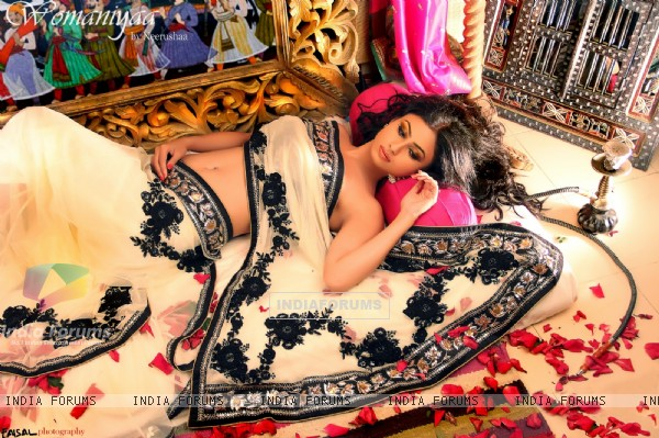 Mouni Roy shot for Womaniyaa by Neerusha