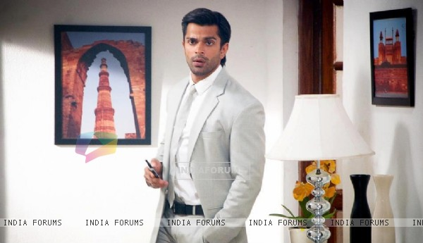 Karan Singh Grover as Asad
