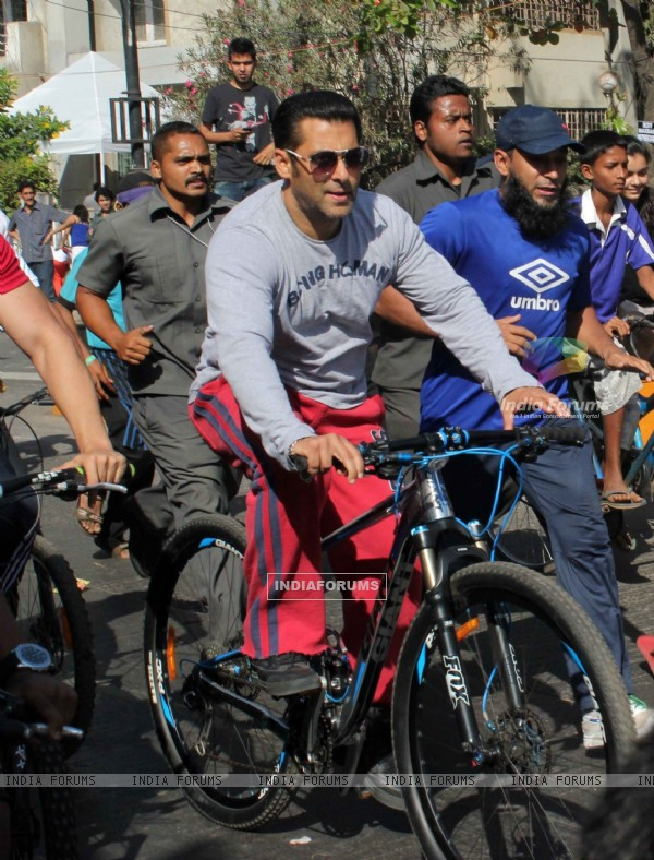 Salman Khan At Rouble Nagi's Art Camp