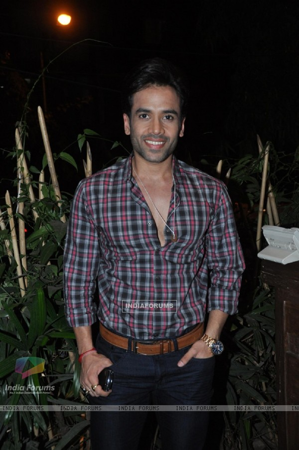 Tusshar Kapoor at Success bash of 'Kai Po Che!'