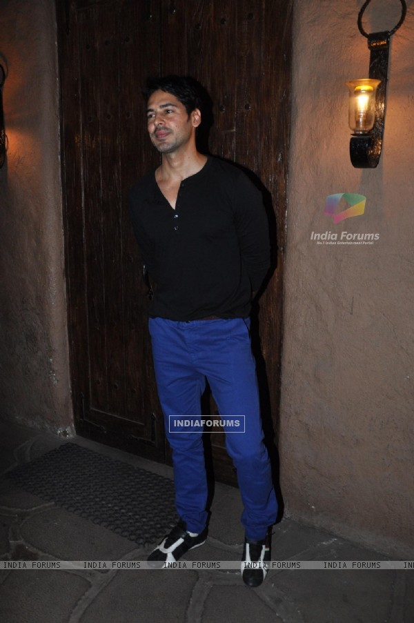 Dino Morea at Success bash of 'Kai Po Che!'