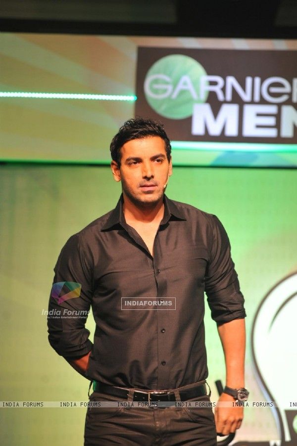 John Abraham with Garnier Men launched a unique social campaign of Power Light A Village