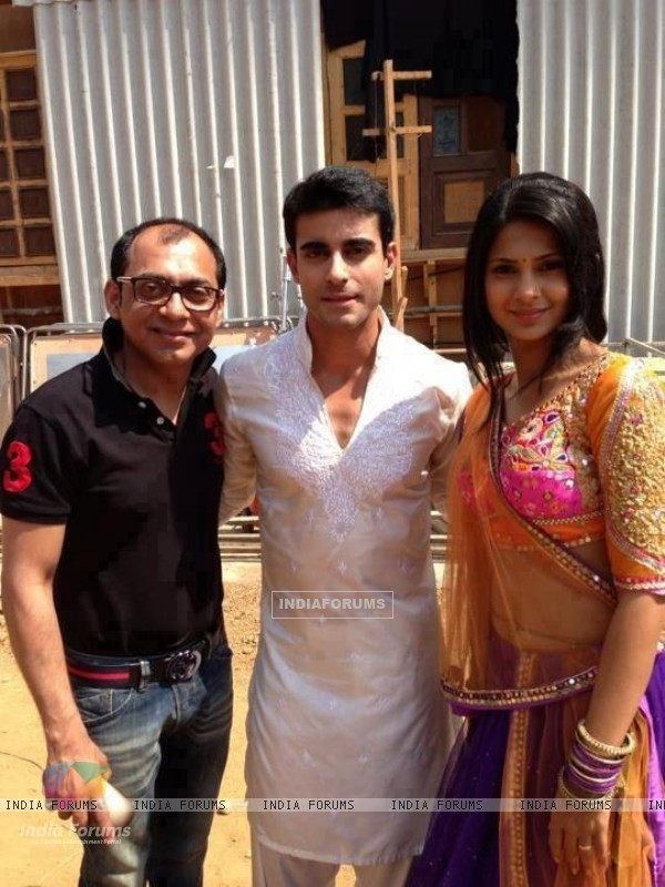 Jennifer Singh Grover and Gautam Rode