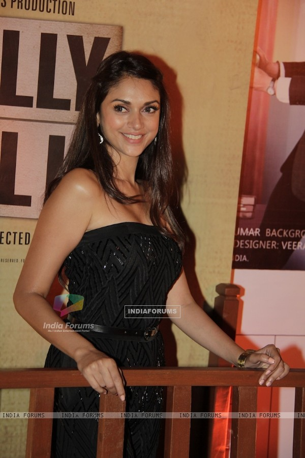 Aditi Rao Hydari at Premiere of movie Jolly LLB