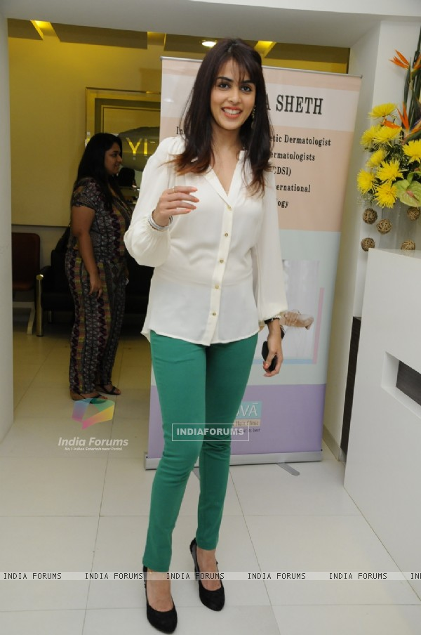 Genelia Dsouza at Dr. Rekha Sheth Celebrates the Prestigious MARIA DURAN Lectureship Award
