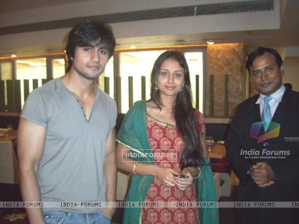 Harshad Chopda and Anupriya Kapoor.