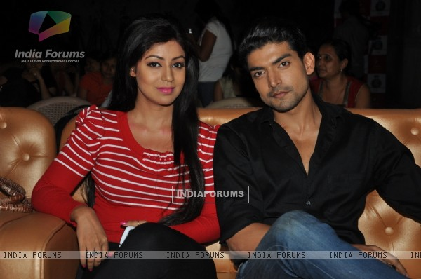 Debina Bonnerjee with husband Gurmeet Choudhary at Nach Baliye Shriman & Shrimati