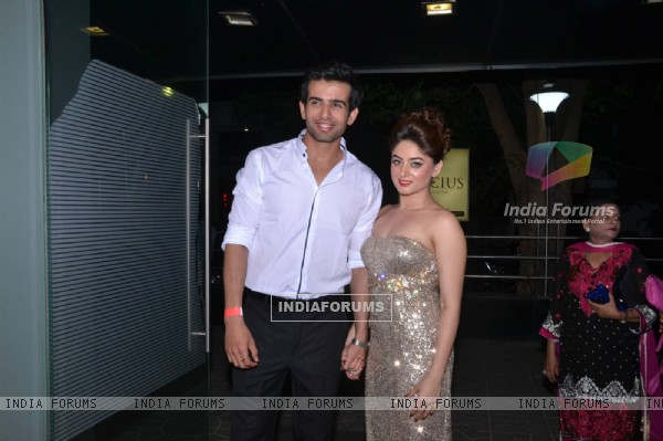Jay Bhanushali and Mahhi Vij entering Mahhi Vij's Birthday Celebration