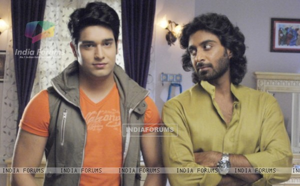 Abhishek Malik as Rahul and Rohit Khurana as Madhav in Khoobsurat