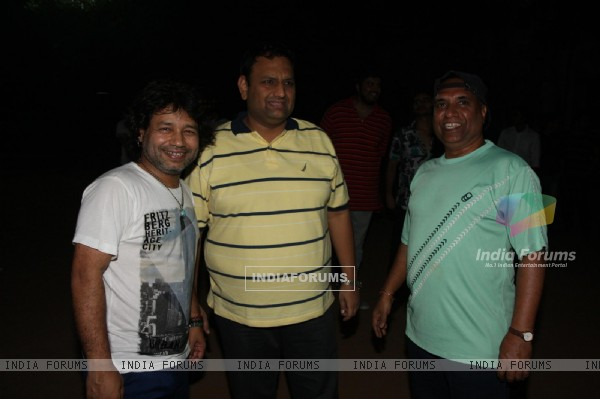 Kailash Kher at Singers Cricket Match