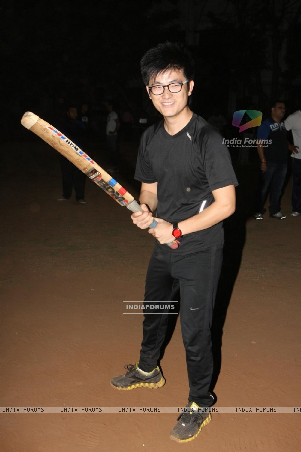Meiyang Chang at Singers Cricket Match