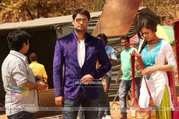 Drashti Dhami and Vivian Dsena