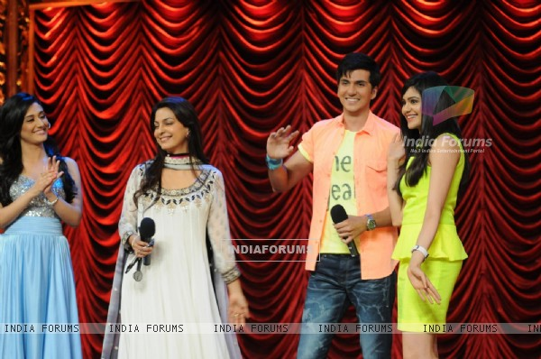 Starcast of Film Hum hai rahi car ke on the set of India's Best Dramebaaz