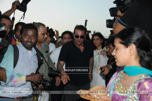Sanjay Dutt inagurate Mobile Mammography Unit