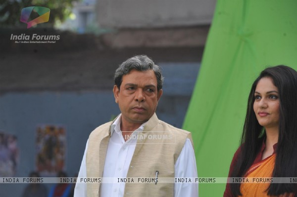 Govind Namdeo and Gracy Singh at Mahurat of the film Janta Vs Janardhan-Bechara Aam Aadmi