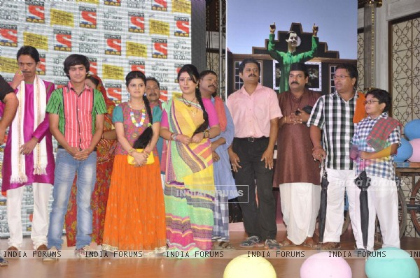 Television actors and crew members at launch of Television serial Lapataganj Ek Baar Phir in Mumbai