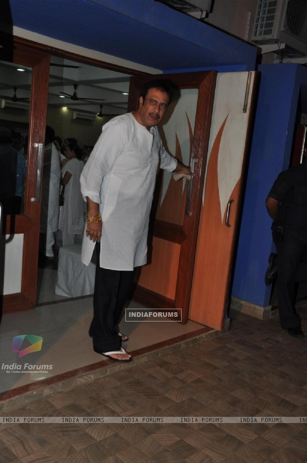 Deepak Parashar attend actress Jiah Khan condolence meet in Mumbai