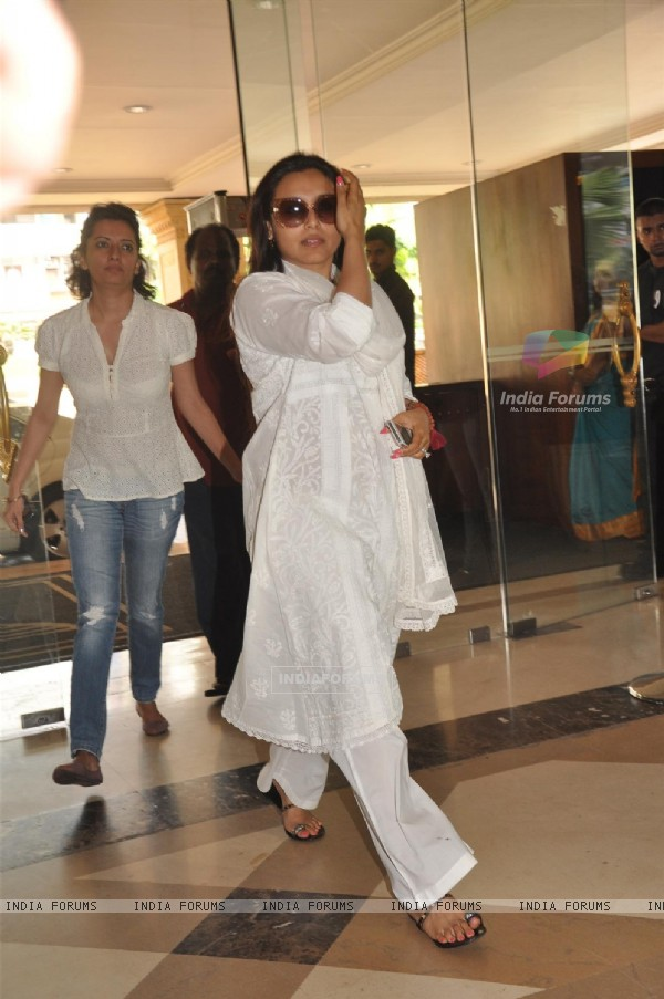 Rani Mukherjee attend condolence meet of Priyanka Chopra's father Ashok Chopra