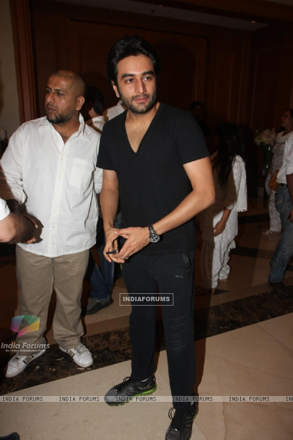 Shekhar Ravjiani and Vishal Dadlani attend condolence meet of Priyanka Chopra's father Ashok Chopra