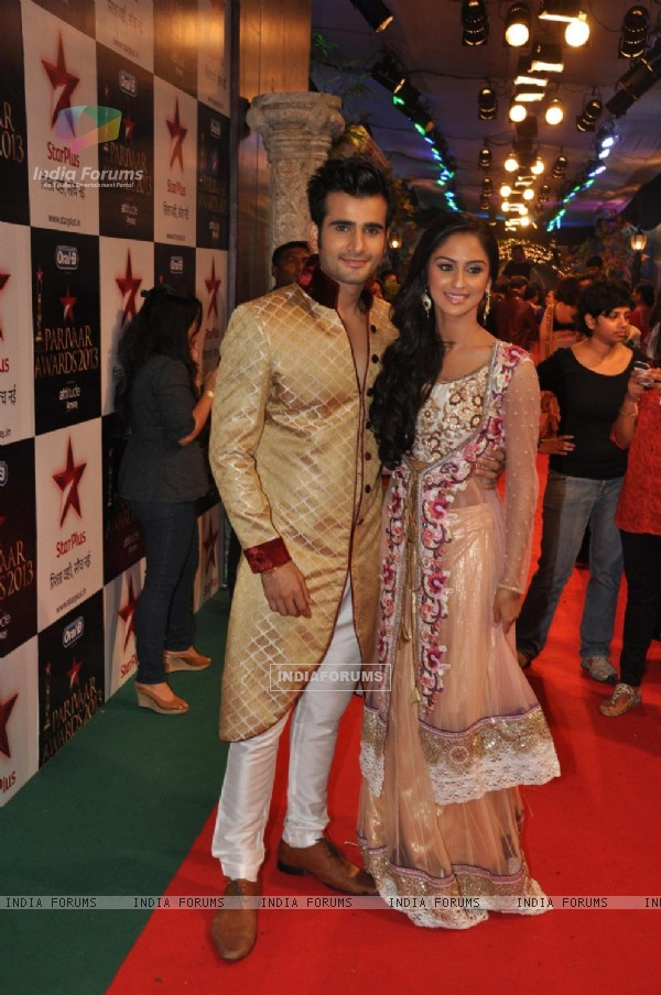 Karan Tacker and Krystle Dsouza at Star Parivaar Awards 2013