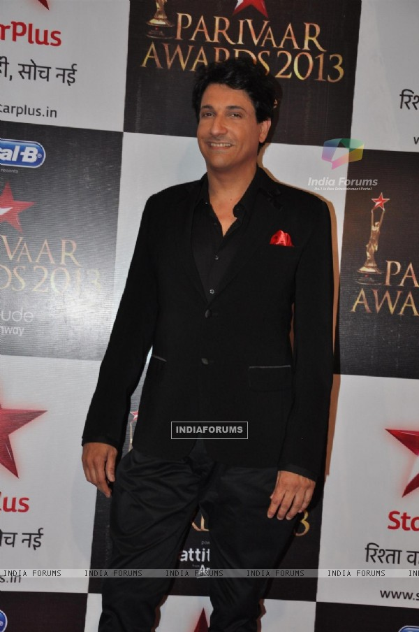 Shiamak Davar at Star Parivaar Awards 2013