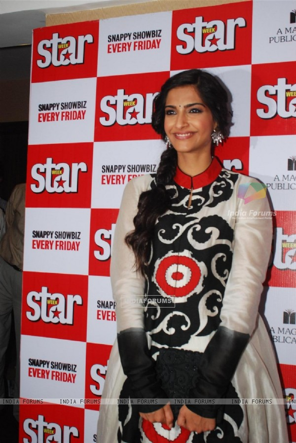 Sonam Kapoor at the launch of Magna Star Week's latest issue