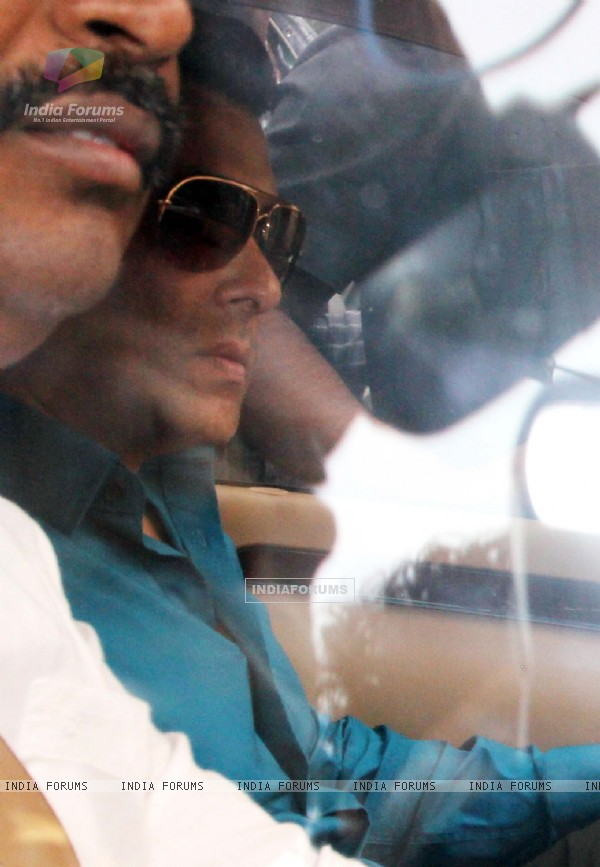 Salman Khan at Mumbai session court for his drunk driving case